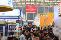 CHINAPLAS 2014 marks a new record of visitors number to 130,370